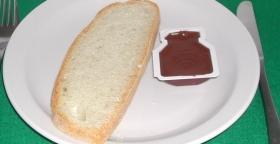 Pane e crema di cioccolato